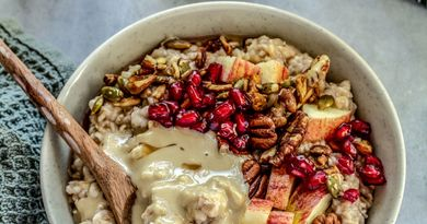 Apple Cinnamon Spiced Protein Oats